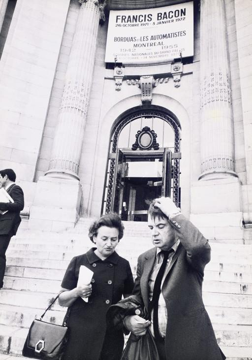Photograph of Francis Bacon and Valerie Beston at the opening of Bacon's Grand Palais exhibition